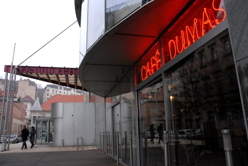 Institut Français, Café Dumas